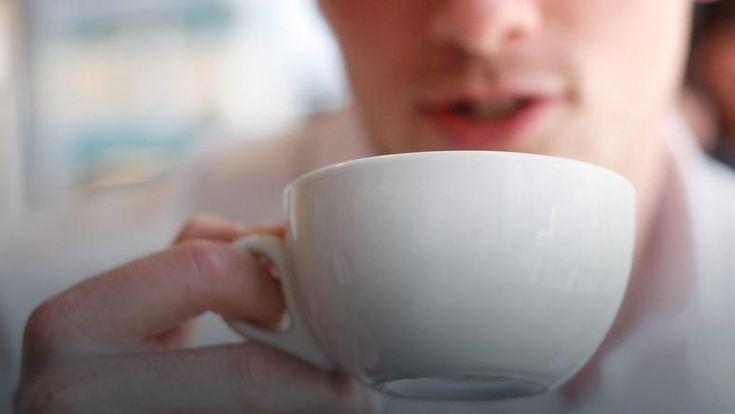 Osoby, które piły filiżankę herbaty dziennie, miały o ok. 35 proc. niższe ryzyko wystąpienia tzw. dużych zdarzeń sercowych
