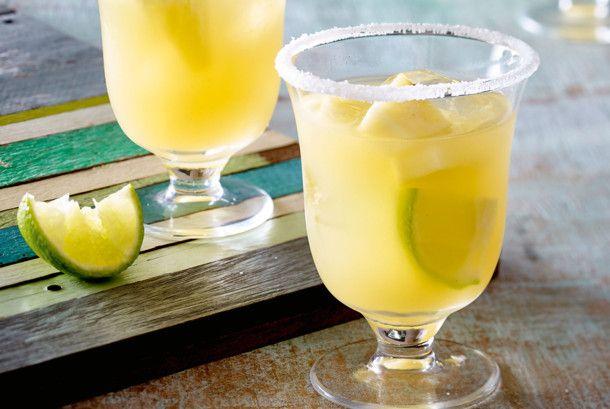 Unser beliebtes Rezept für Ananas-Margarita und mehr als 55.000 weitere kostenlose Rezepte auf LECKER.de.