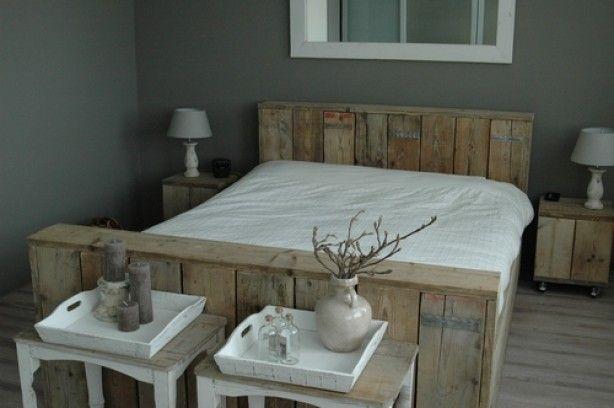 Steigerhouten bed, van Oud Hout