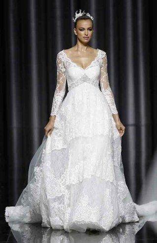 fd935d51bc1f Abiti da sposa per l inverno - ecco i più belli   Album di foto -  alfemminile