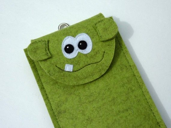 Gadget case - Kroki the little monster for iphone, ipod touch, small digital camera...