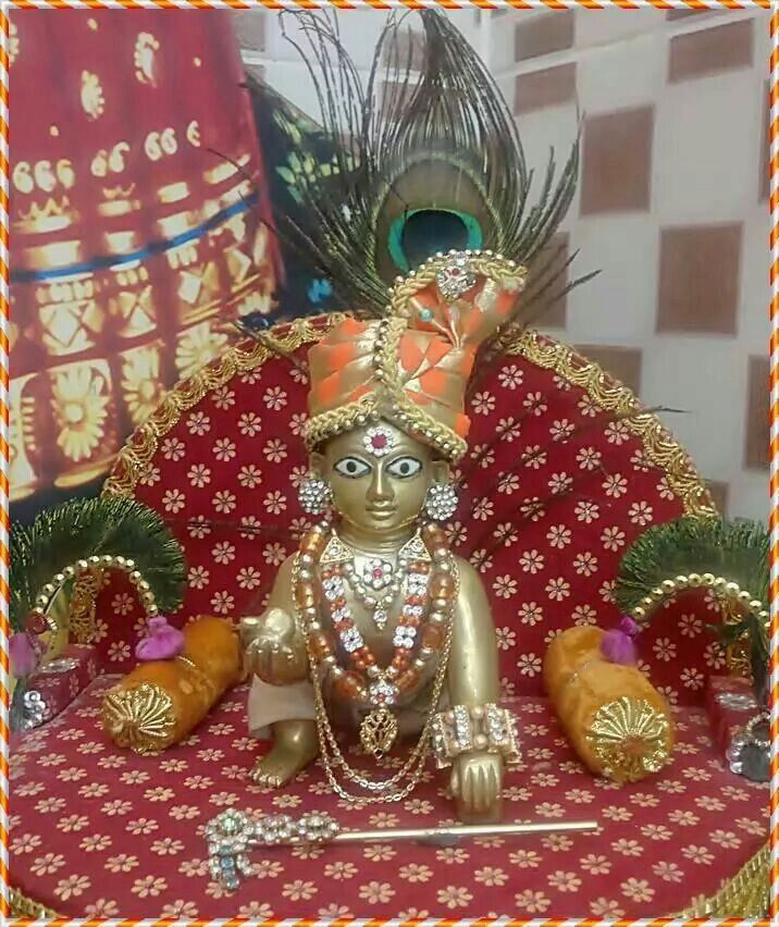 Nand ke ghar anand bhayo Jai Kanhaiya Lal ki! : Happy Janmashtami!!