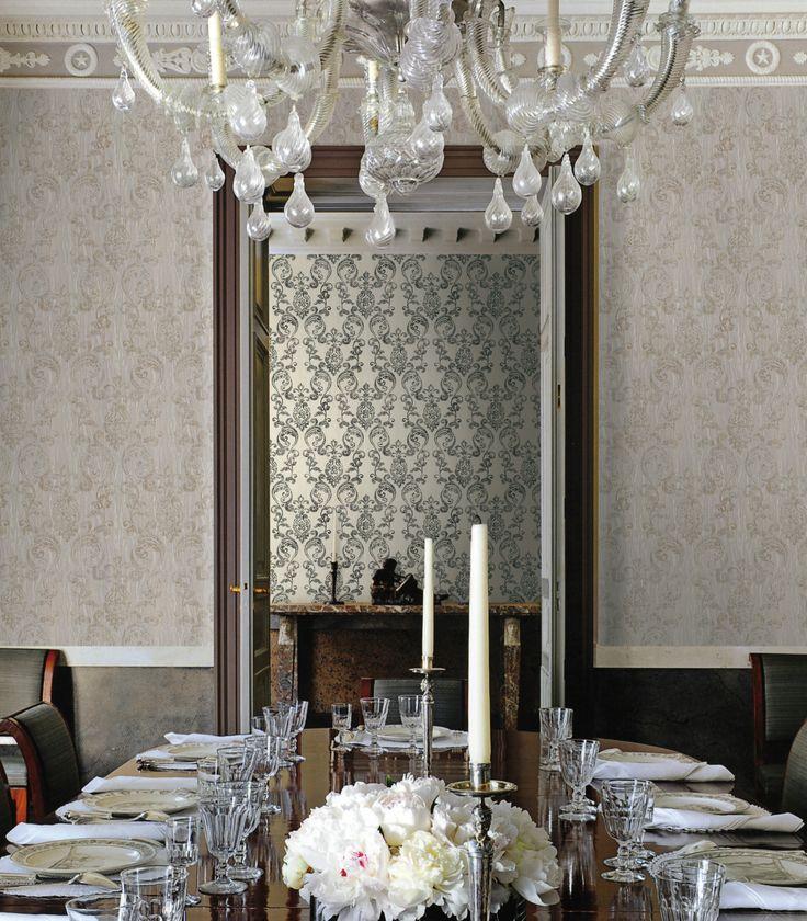 Roberto cavalli walls home parati e wall decor for Wallpaper versace home