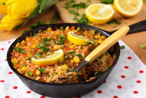 Regula las hormonas de manera sencilla y natural con la alimentación. Te damos originalesideas de menús para cada día de la semana.