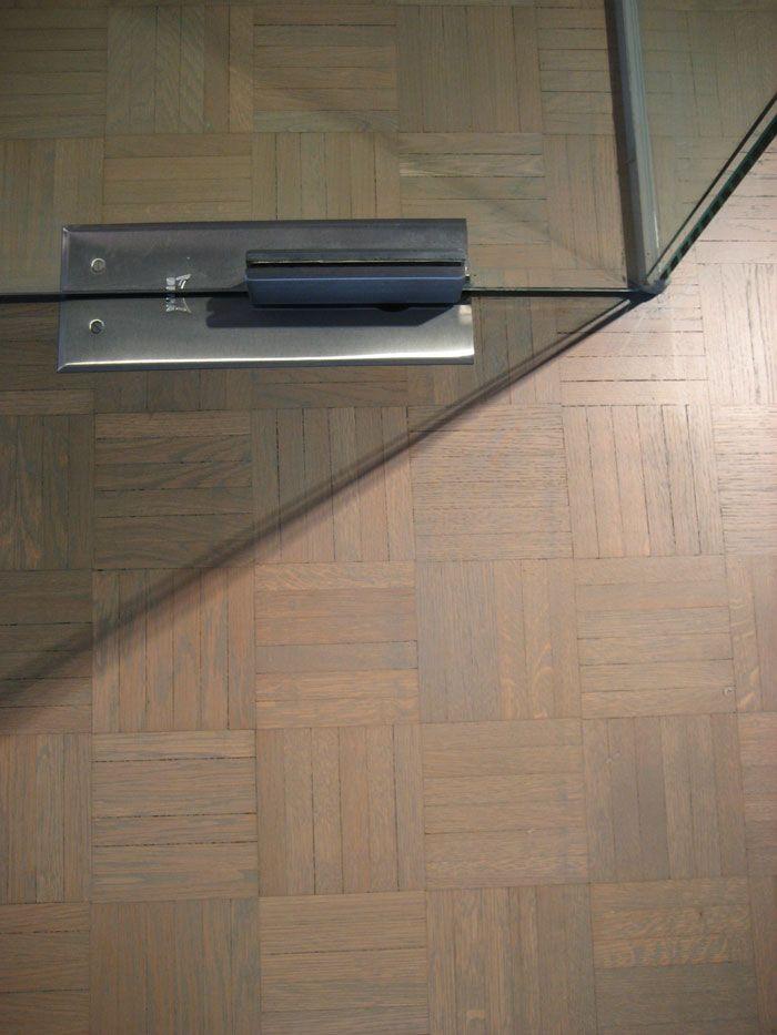 25 beste idee n over dambord vloer op pinterest klassieke keuken retro keukens en geblokte - Betegelde vloer badkamer ...
