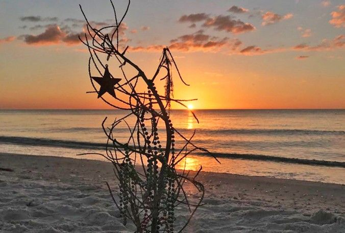 Submitted via the Bay News 9+ app: A Christmas sunset at Pass-A-Grille. (Diane Kacmarik, viewer)r)