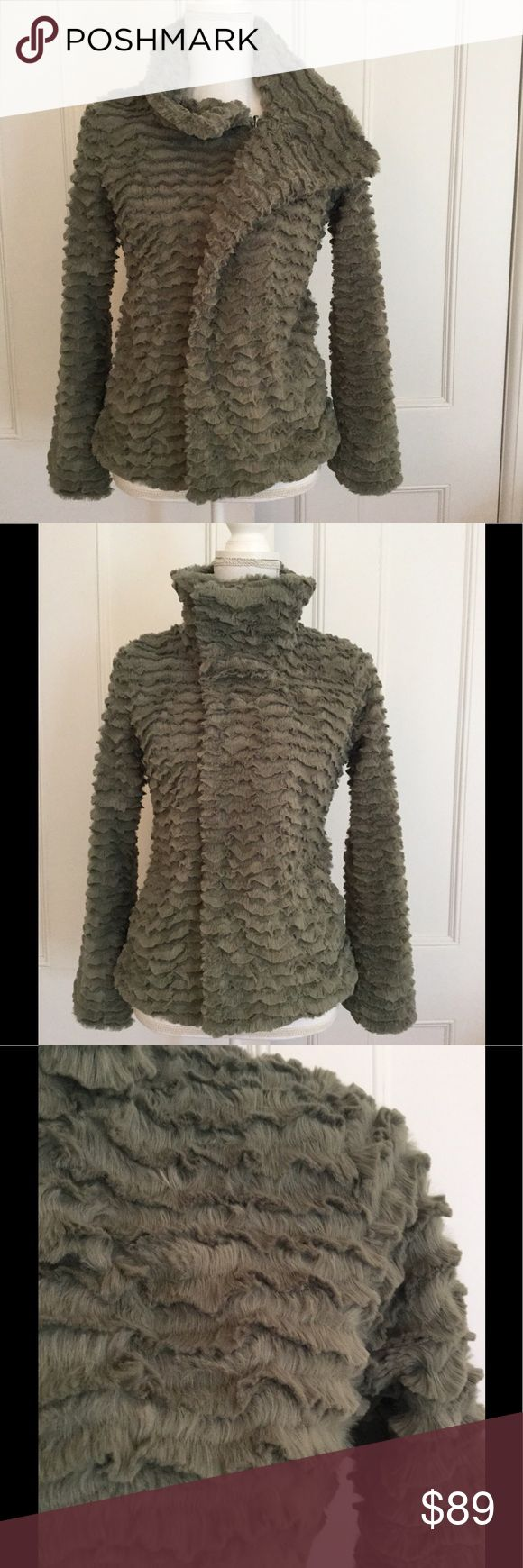 """Patagonia NWT """"Pelage"""" jacket Size XS Olive fluffy Patagonia NWT womens Pelage jacket. Size XS Diagonal front zip and snap. 2 side pockets.  Lovely light olive color.  Beautiful design to material. Retail $149 Patagonia Jackets & Coats"""