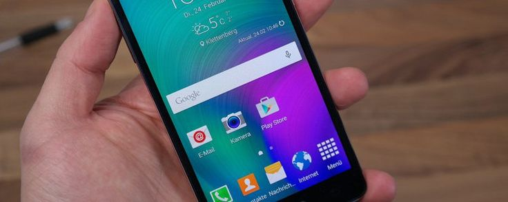 Samsung Galaxy A5 gegen das iPhone 6 im Speed Test (Video).  Ein wenig gewagt ist es ja schon, beide Geräte gegeneinander laufen zu lassen, und doch ist das Video sehr interessant!