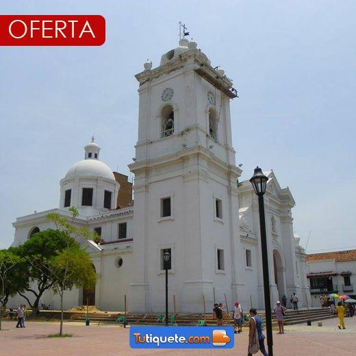 #Colombia un lugar que nunca deja de sorprendernos con sus hermosos paisajes y lugares. www.tutiquete.com te acompaña a recorrer nuestro país.