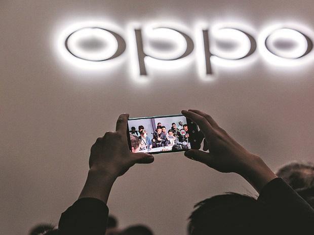 أوبو تكشف عن تقنية جديدة للإتصال والدردشة دون واي فاي أو بلوتوث أو باقة الهاتف Mwc Shanghai Smartphone Features Fast Charging Users