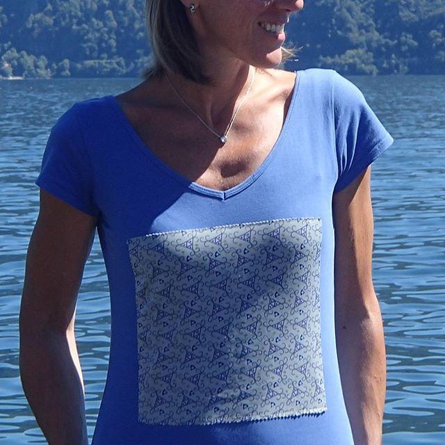 A Intra, sul lago Maggiore. T-shirt DO NOT IRON 100% unique piece acquistata su www.donotiron.it #donotiron #tshirt #uniquepiece #tendenze #fashion #milano #outfit #style #musthave #chic