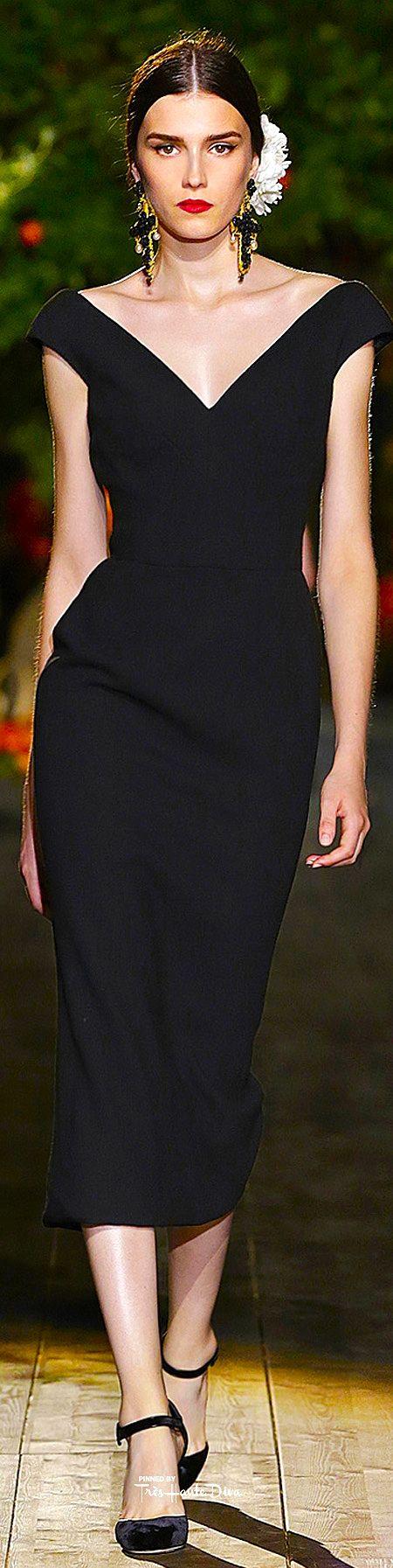 Très Haute Diva ♔ Dolce & Gabbana Alta Moda Fall/Winter 2015-16 Portofino