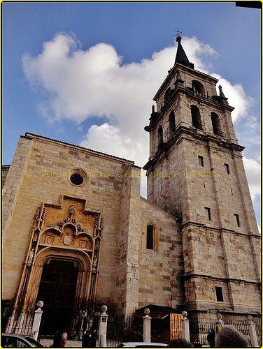 """Catedral """"Magistral"""" de los Santos Niños Justo y Pastor de Alcalá de Henares,Madrid,Comunidad de Madrid,España"""