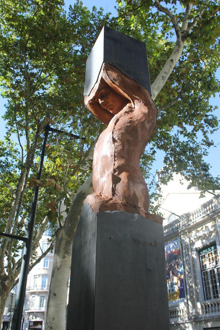 Ritos de Passagem I - Escultura de Rogério Timóteo