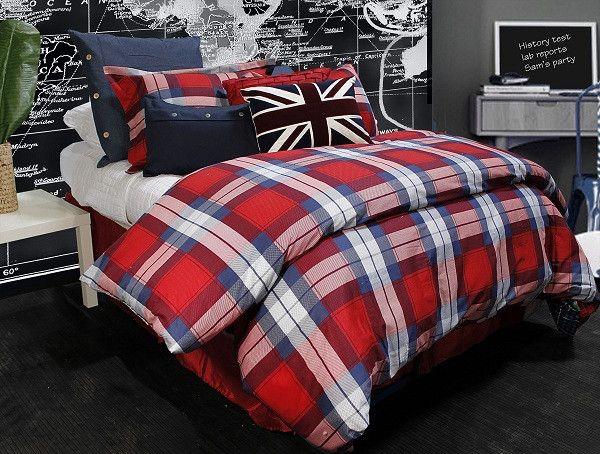 Dorm decor travel decor travel dorm room college union jack - 17 Best Images About Dorm On Pinterest College Trunks