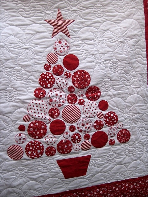 christmas quilt sewing