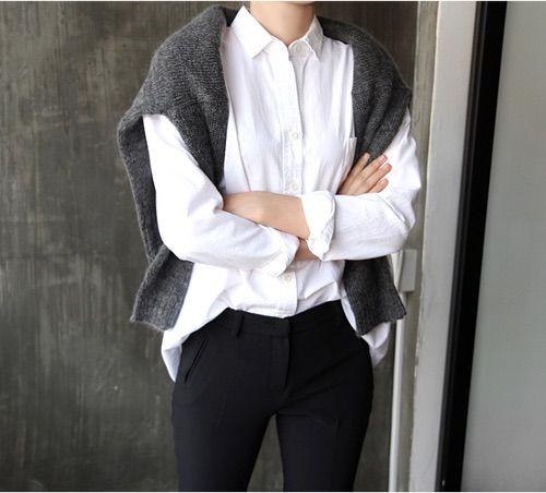 Image via We Heart It https://weheartit.com/entry/148167711/via/23228505 #blouse #fashion #formal #girl #outfit #tuckedin #smartoutfit