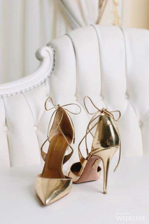 -metalic bridal shoes.