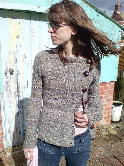 Buttony Sweater.. i am going to make this in maroon <3 <3 it...   DSC00243 by quelle erqsome, via Flickr