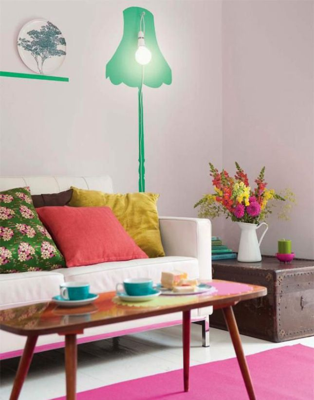 How Bold Can You Go: 30 Neon Home Interiors via Brit + Co. - kleurrijke woonkamer