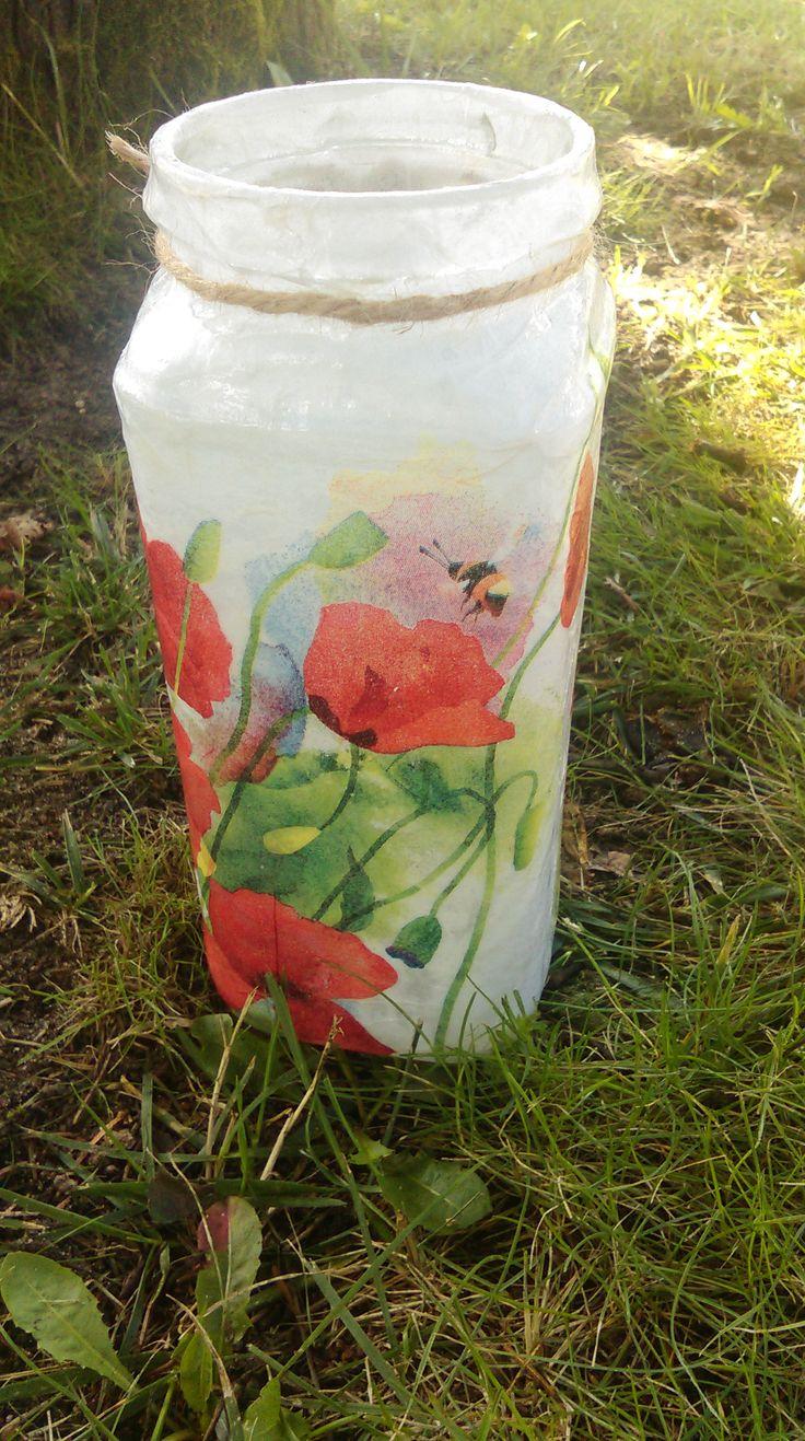 słoikowy wazon na kwiaty