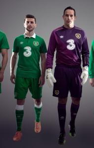 Walters double seals UEFA 2016 EURO spot   Football Association of Ireland