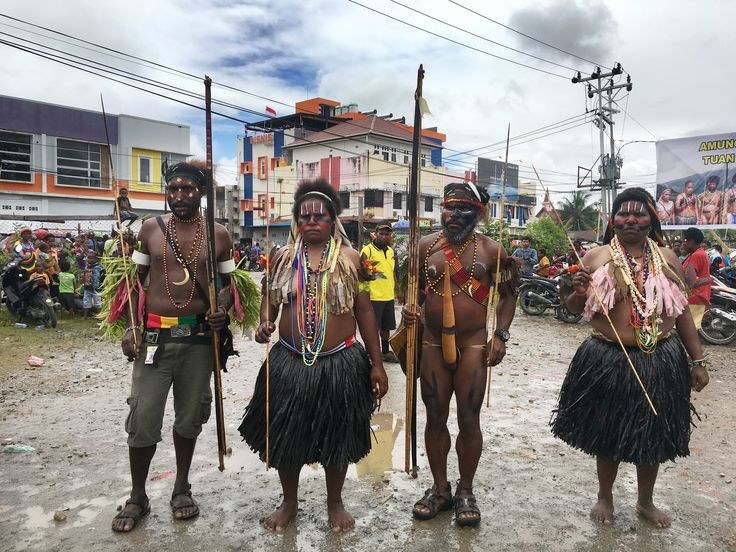 Amungme people. Culture of Mimika - Papuan