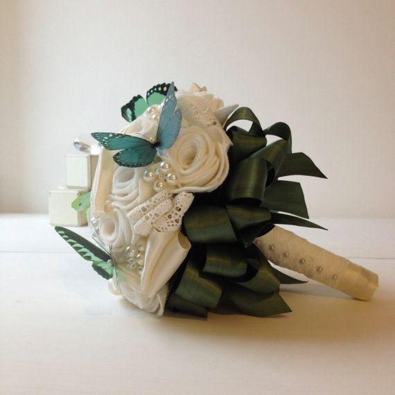 Handmade войлока слоновой кости букет роз с помощью MissVioletWeddings