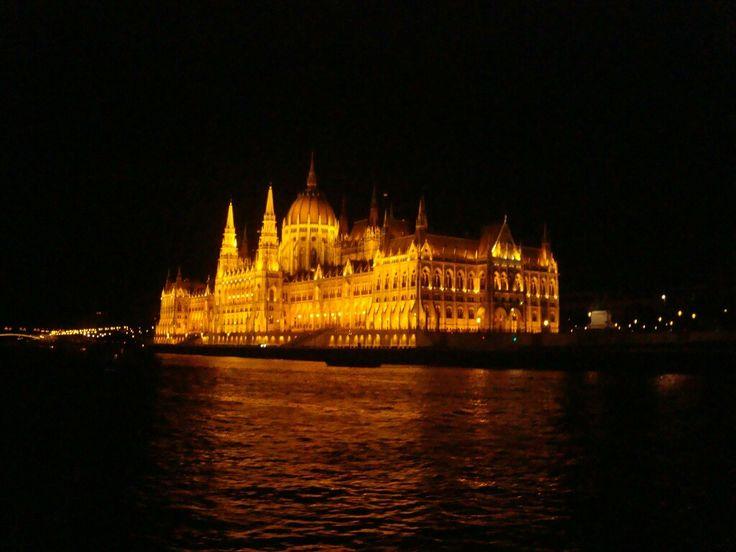 Budapest nocturno