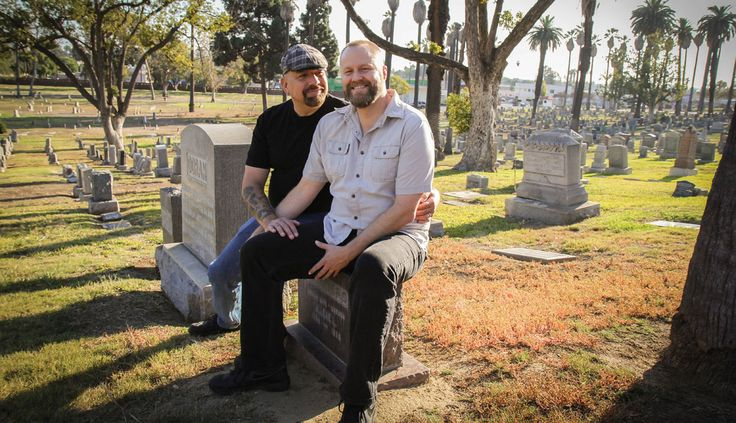 Death Tour Owner Makes Sur Forgotten Actors Get A Headstone  This would be something very unique to attend. They have a funeral for the actor and retail stories.