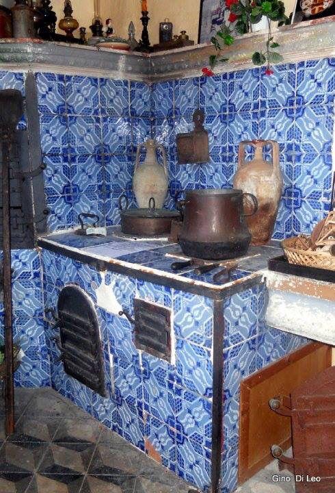 Antica cucina siciliana tuttora visitabile presso il for Cucina siciliana