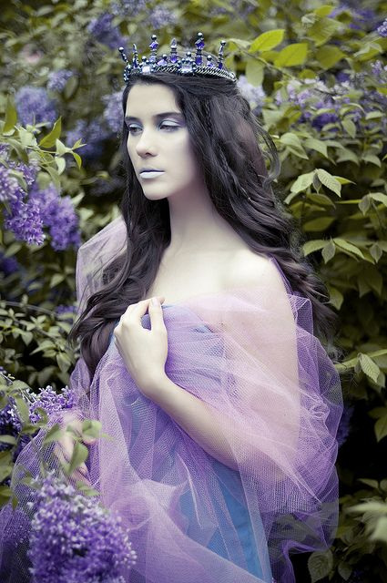 Fairytale princess in purple. Enchanting!
