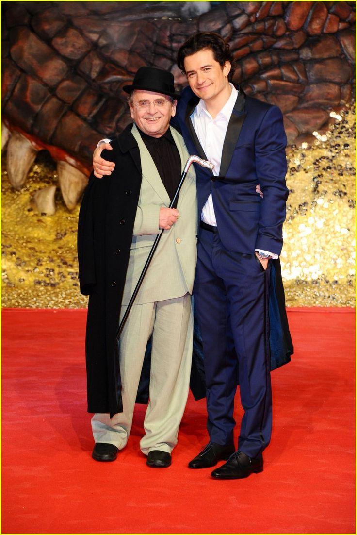 Orlando Bloom & Sylvester McCoy aka Legolas Greenleaf & Radagast the Brown