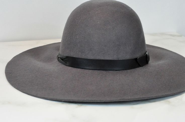 Gray floppy hat from fringe in the trunk club for women box