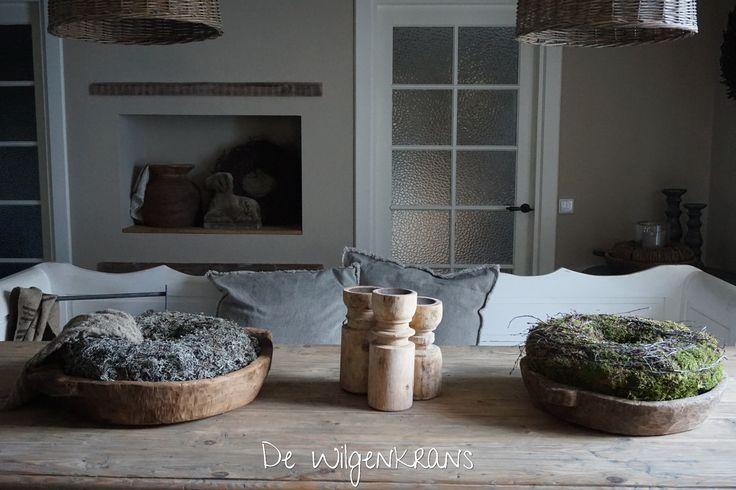 Prachtige houten schalen en krans bij www.dewilgenkrans.nl