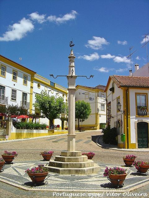 Pelourinho do Sardoal - Portugal by Portuguese_eyes, via Flickr