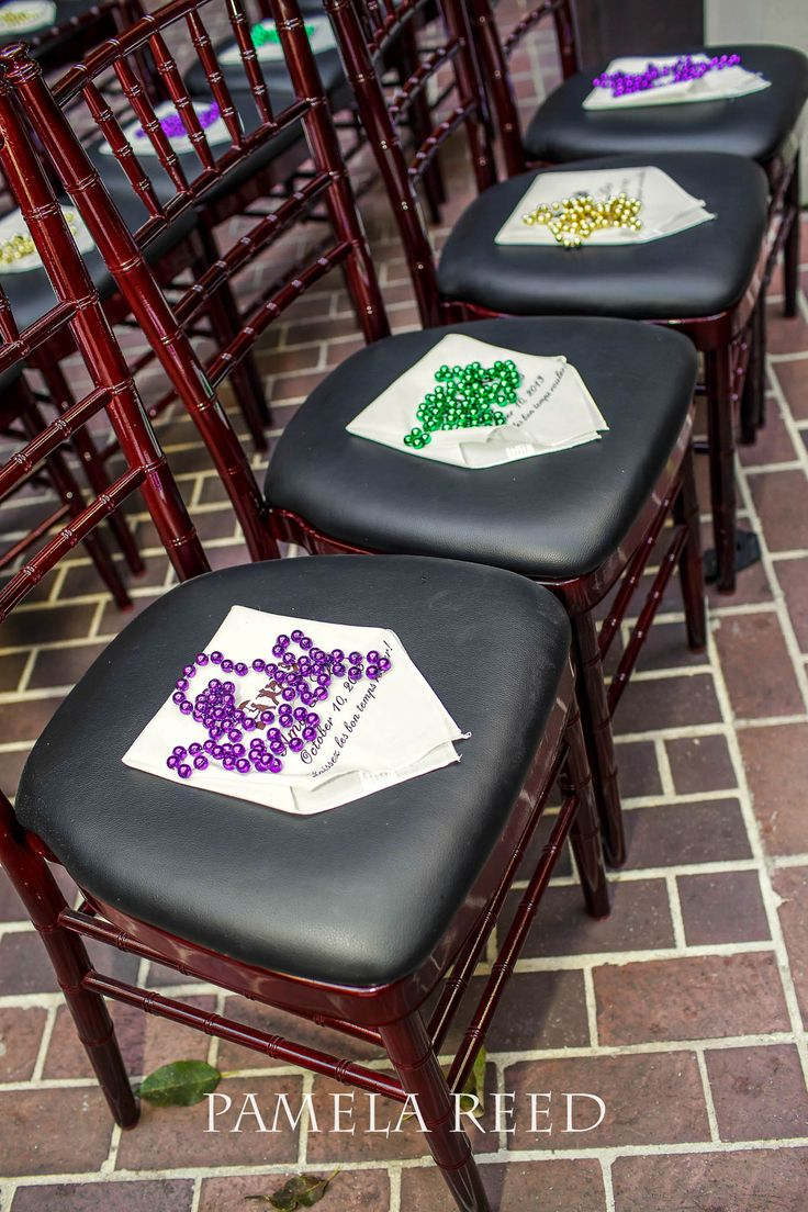 New Orleans Street Seats | Mardi Gras Beads Favors | Wedding Photography |  |Weddings in New Orleans | Pamela Reed Photography