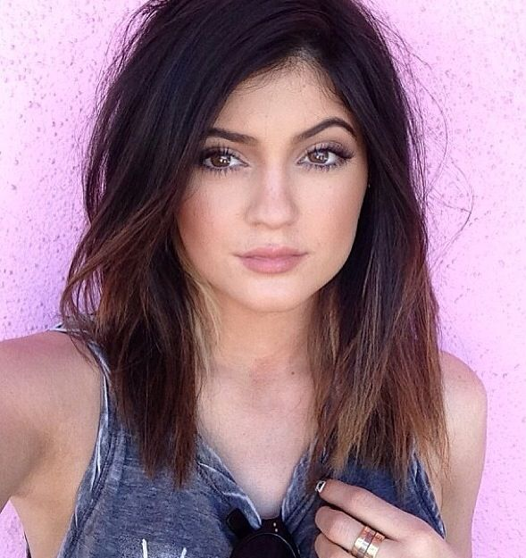 Kylie Jenner...she's so much prettier than Kendall I think!