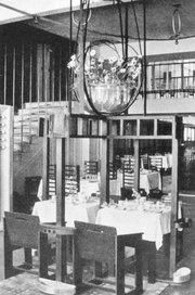 Interior of the Willow Tea Room on Sauchiehall Street in 1903.
