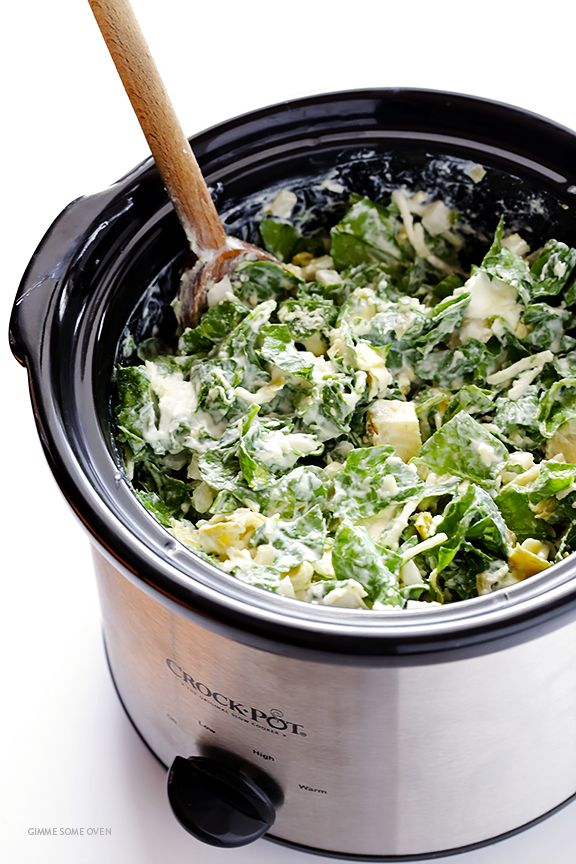 Slow Cooker Spinach Artichoke Dip -- the delicious dip we all love, made extra quick and easy in the crock pot | gimmesomeoven.com