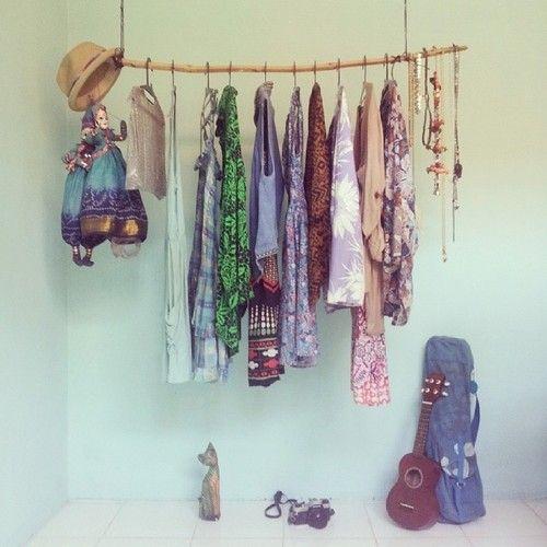 Simple #bali #jimbaran #DIY #handmadecloset #bambooideas #ukelele #yoga #mamiya #catlover #homesweethome #verdeagua