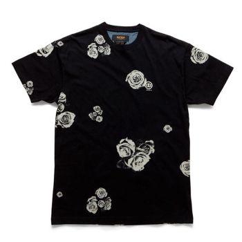 "10Deep Nightwork Tee - Ghost Rose £33.33 (£40.00 inc VAT) 100% Cotton Custom 10deep Ghost Rose print on Black tee 10Deep print to back shoulders Regular fit Small - Neck 14-14.5"", Chest 34-36"", Sleeve 8"", Length 27"" Med - Neck 15-15.5"", Chest 38-40"", Sleeve 8.5"", Length 28.5"" Large - Neck 16-16.5"", Chest 42-44"", Sleeve 8.5"", Length 30.5"" X Large - Neck 17-17.5"", Chest 46-48"", Sleeve 9"", Length 31.5"""