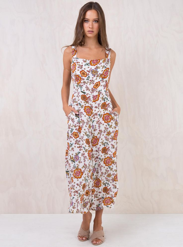 White+Primrose+Jumpsuit+-+ Tie+back+jumpsuit Exposed+tie+up+back Cropped+culotte+leg Invisible+zip+at+back In+seam+pockets Light+weight+material Lining+on+bust 100%+Rayon Length+of+size+8+shoulder+to+hem:+121cm Isabelle+is+wearing+a+size+8