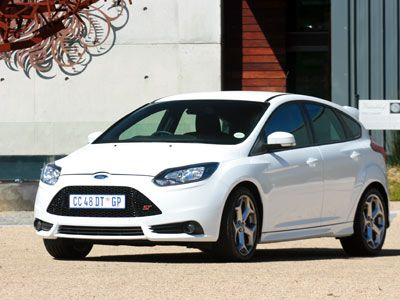 Ford Focus ST - white hot hatch