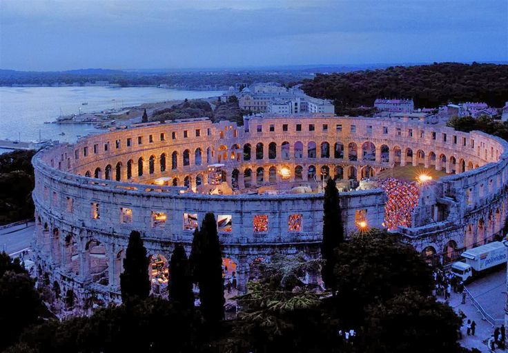 http://traveleze.tumblr.com/post/142782701510/3-amazing-reasons-to-visit-travel-pula-with-your