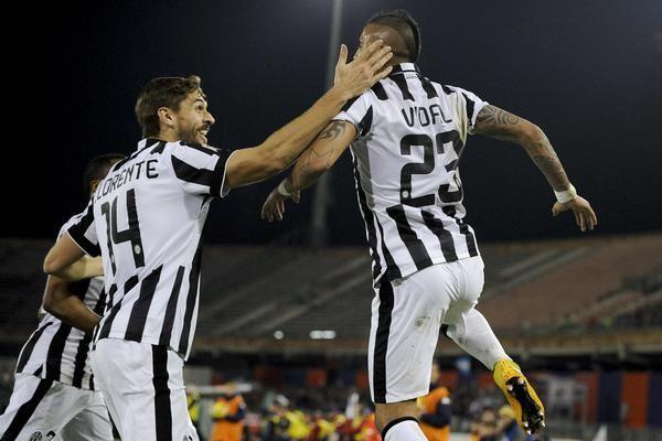 Cagliari-Juventus 1-3, cronaca e video dei gol: Zeman alza bandiera bianca - http://www.maidirecalcio.com/2014/12/18/cagliari-juventus-1-3-cronaca-e-video-dei-gol-zeman-alza-bandiera-bianca.html