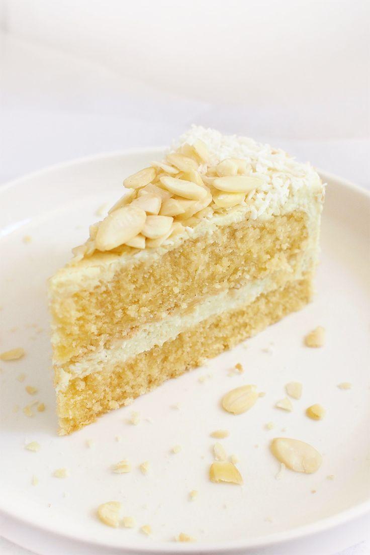 Tort biszkoptowy z jaglanym kremem rafaello