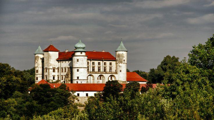 Nowy Wiśnicz Castle by Tomasz Podhalański on 500px
