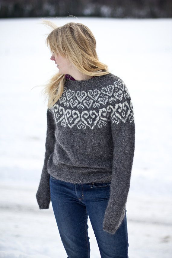 Sweetheart  Icelandic lopapeysa pattern  knitted wool