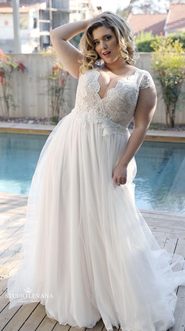 Lustiges Boho-Brautkleid mit Tüllrock und kurzen Flügelärmeln